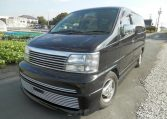 1999 Nissan Elgrand E50 Rider, 3.3 V6, Auto, Optional 4WD, 8 Seater MPV (E83), Front View, Passengers Side