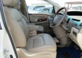 2005 Toyota Estima 3.0 V6 VVTI Four Cam MCR40 Auto 7 Seater MPV (C1), Interior View Dashboard & Gear Stick