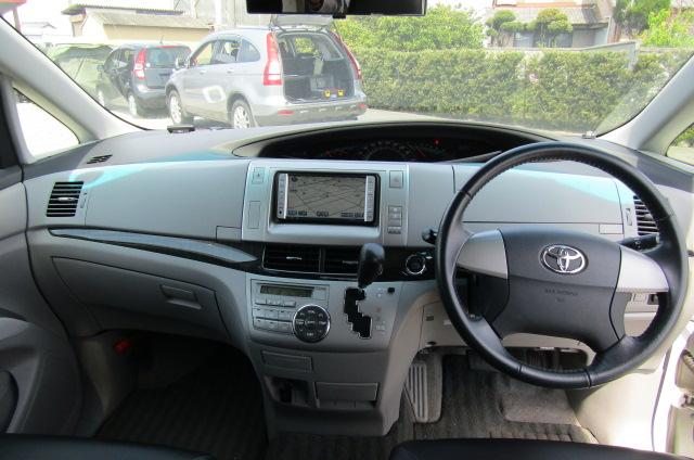 2006 Toyota Estima 3.5 V6 Aeras GSR50 Auto 8 Seater MPV (C2), Interior View Dashboard & Steering Wheel