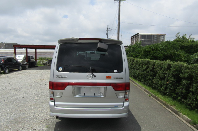 2002 Mazda Bongo 2.0 Aero Rs Auto 8 Seater MPV (B35), Rear View