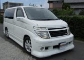2002 Nissan Elgrand 3.5 V6 E51 Auto 8 Seater MPV (E82), Front View, Drivers Side. Japanese imports.