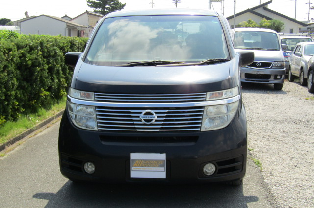 2003 Nissan Elgrand 3.5 V6 Auto Highway Star With Disabled Access Seat With Wheel Chair (A21), Front View. Jap imports.