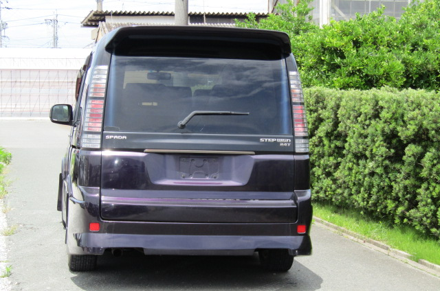 2004 Honda Stepwagon 2.4ivtec 24t RF7 Spada Auto 8 Seater MPV (H55), Rear View