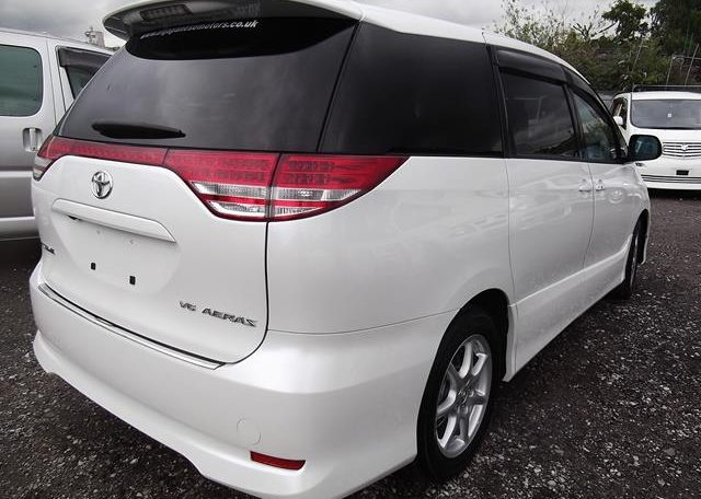 2006 Toyota Estima 3.5 V6 Aeras GSR50 Auto 8 Seater MPV (C2), Rear View, Drivers Side. Japanese import cars.