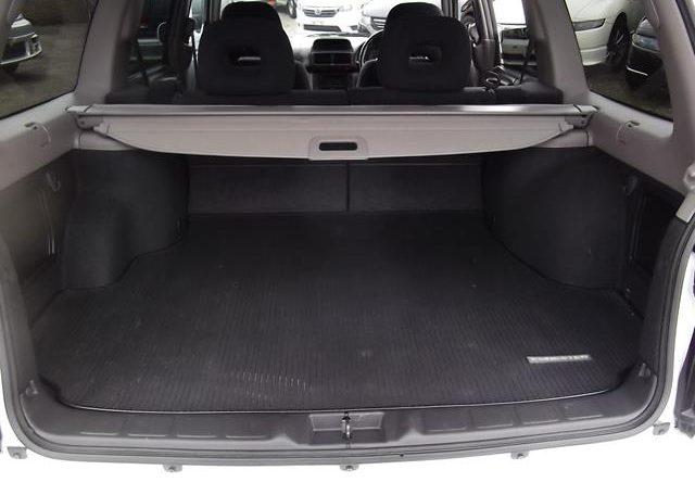 2002 Subaru Forester 2.0 Manual Stb Turbo 4WD Estate, White (S33), Interior View of Boot.
