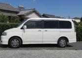 2004 Honda Stepwagon 2.0 Spada Rf5 Auto 8 Seater MPV, White (H72), Side View, Passengers Side