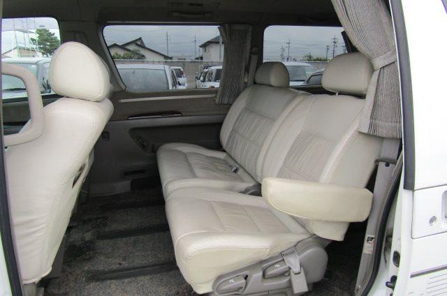 1998 Nissan Elgrand 3.2 TD Optional 4WD Auto Rider 8 Seater MPV (E30), Interior View Rear Seats