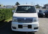 2000 Nissan Elgrand 3.5 Auto Highway Star 8 Seater MPV (E2), Front View. Jap imports.