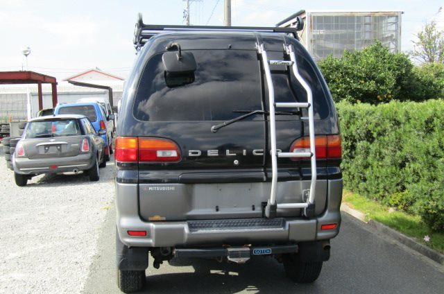 2002 Mitsubishi Delica 3.0 V6 Auto Chamonix Optional 4WD 8 Seater MPV For Sale (R55), Rear View. Japanese import cars.