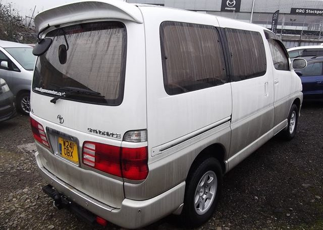 2000 Toyota Grand Hiace 3.4 V6 Auto 4wd 8 Seater MPV (P31) For Sale (Ref: Z40), Rear View, Drivers Side