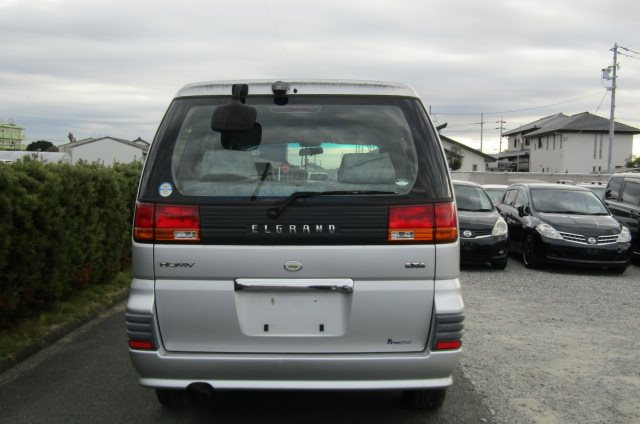 1998 Nissan Elgrand 3.3 E50 Optional 4WD Auto 8 Seater MPV (E87), Rear View. Japanese import cars.