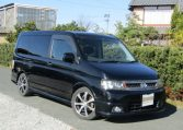 2003 Honda Stepwagon 2.4 Spada 24t Auto 8 Seater MPV (H74), Front View, Drivers Side, Japanese imports.