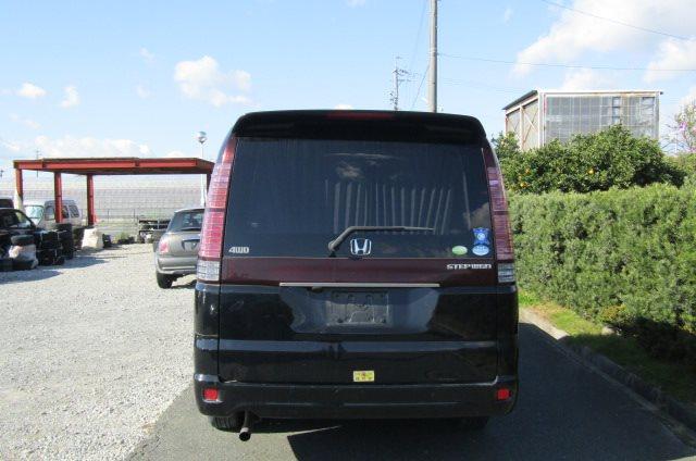 2005 Honda Stepwagon 2.0 4WD Auto 8 Seater MPV (H22), Rear View