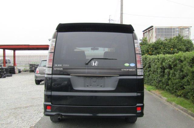 2005 Honda Stepwagon 2.0 Spada Auto 8 Seater MPV (H11), Rear View