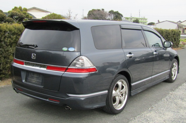 2006 Honda Odyssey 2.4 Aero Auto 7 Seater MPV (H50), Rear View, Drivers Side. Japanese import cars.