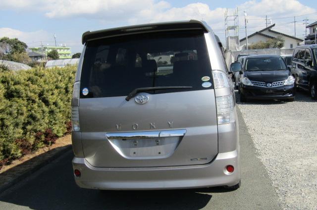 2006 Toyota Voxy 2.0 Auto Z Kirameki 8 Seater MPV (V44), Rear View. Japanese import cars.