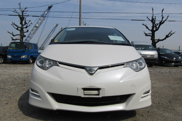 2007 Toyota Estima 2.4 Aeras G Edition 7 Seater MPV (C11), Front View. Jap imports.