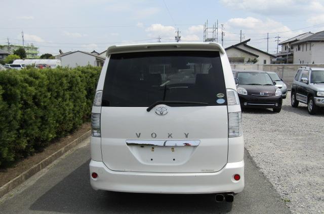 2007 Toyota Voxy 2.0 GZ Kirameki Auto 8 Seater MPV (V40), Rear View. Jap imports UK.