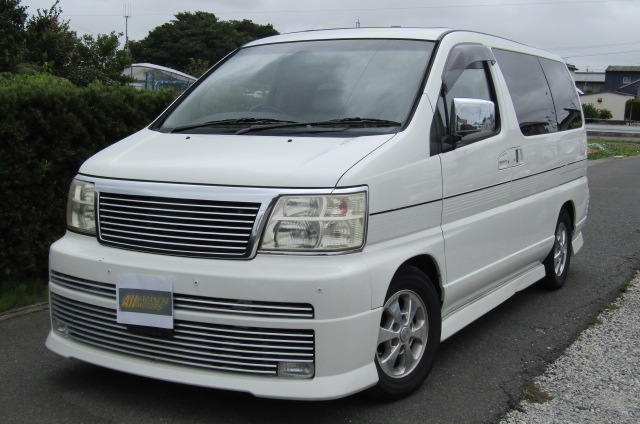 2001 Nissan Elgrand 3.5 E50 Rider Optional 4wd Auto 8 Seater MPV (E37), Front View, Passengers Side. Japanese imports for sale.