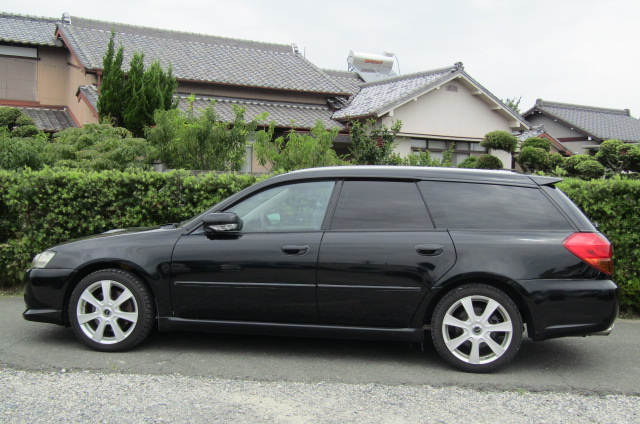 2003 Subaru Legacy 2.0 Bp5 GT Turbo Twinscroll Spec B 4WD Auto Estate (S5), Side View, Passengers Side. Import Japanese cars uk.