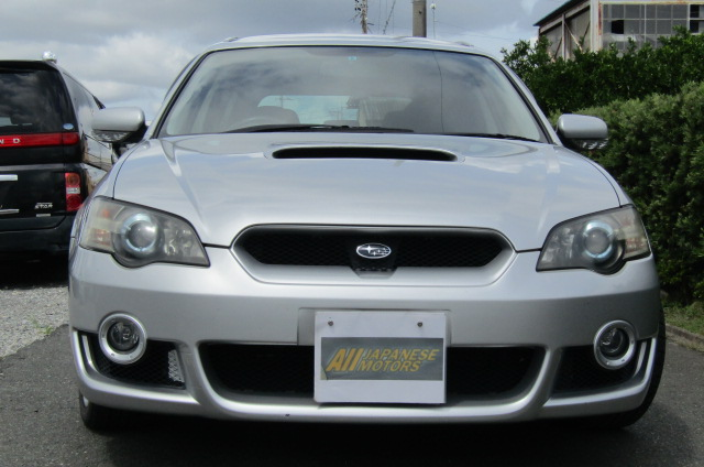 2003 Subaru Legacy 2.0 Bp5 Gt Turbo 4WD Auto Estate (S42), Front View. Jap imports.