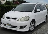 2005 Toyota Ipsum 2.4 Auto 7 Seater MPV (I18), Front View, Passengers Side. Japanese imports for sale.