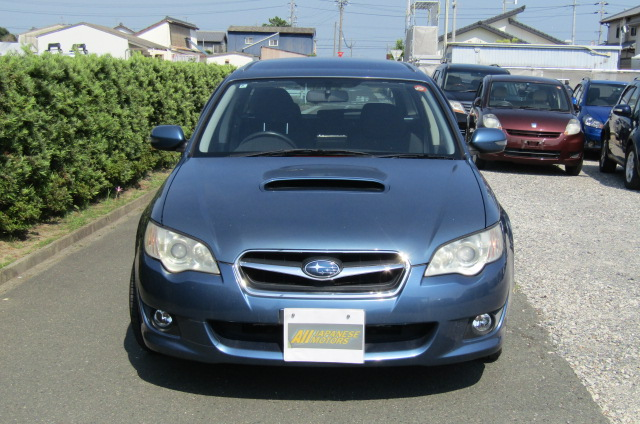 2006 Subaru Legacy 2.0 4WD GT Turbo Auto Estate (S55), Front View. Jap imports.