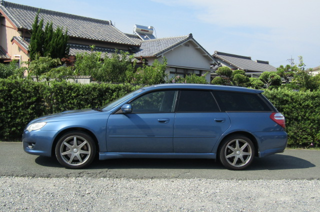2006 Subaru Legacy 2.0 4WD GT Turbo Auto Estate (S55), Side View, Passengers Side. Import Japanese cars uk.