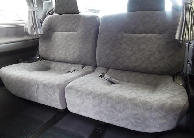 1998 Nissan Elgrand 3.3 E50 Optional 4WD Auto 8 Seater MPV (E87), Interior View Rear Seats