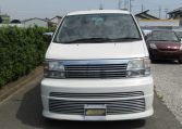 1999 Nissan Elgrand 3.3 Rider Optional 4wd Auto 8 Seater MPV (E67), Front View. Jap imports.