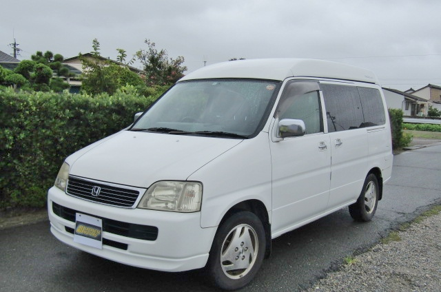 1999 Honda Stepwagon 2.0 Auto Fielddeck Weekender Pop Top 8 Seater MPV (H54), Front View, Passengers Side, Japanese import cars.