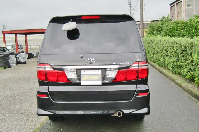 2005 Toyota Alphard 3.0 V6 Facelift Auto 8 Seater MPV (L44), Rear View. Japanese import cars.