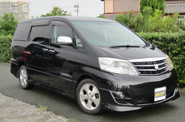 2005 Toyota Alphard 3.0 V6 Facelift Auto 8 Seater MPV (L44), Front View, Drivers Side. Japanese imports.