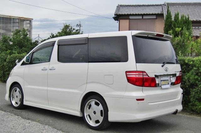 2006 Toyota Alphard 2.4 Ax Ltd Edn Facelift Auto 8 Seater MPV (L64), Rear View, Passengers Side. Jap imports UK.