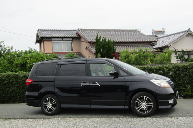 2008 Honda Elysion 2.4 S Prestige Facelift Rr1 7 Seater MPV (H69), Side View, Drivers Side