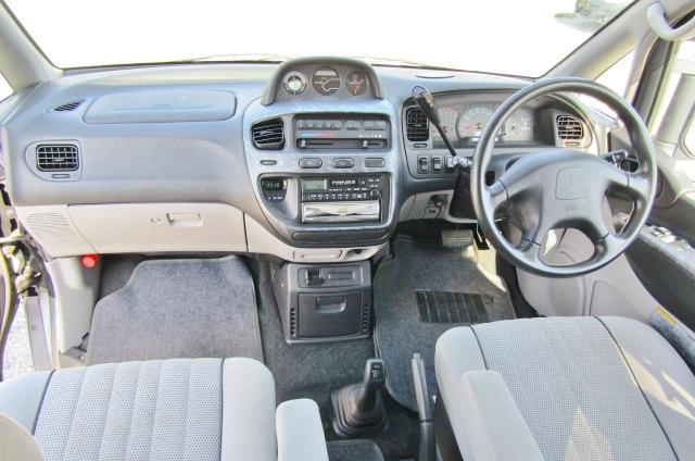 2001 Mitsubishi Delica 3.0 V6 Chamonix 8 Seater MPV (R23), Interior View Dashboard & Steering Wheel.