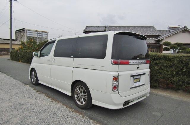 2006 Nissan Elgrand Rider Autech 2.5 Auto 8 Seater MPV (E85), Rear View, Passengers Side.