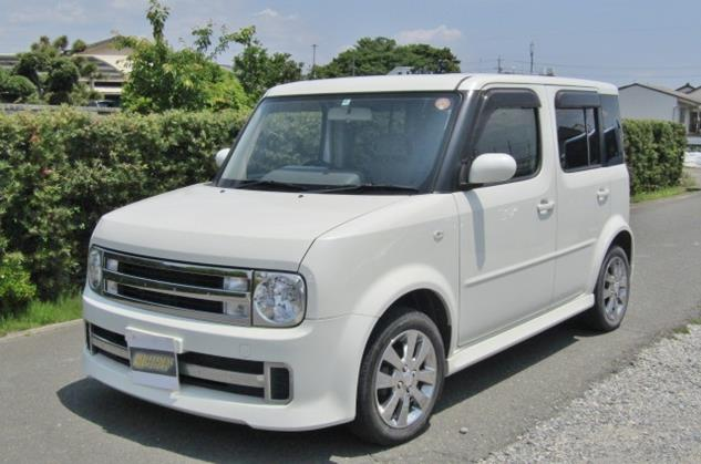 2008 Nissan Cube Rider 1.4 4wd Auto 5 Dr Hatchback (Y48), Front View, Passengers Side