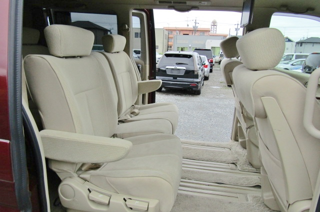 2007 Nissan Elgrand 2.5 Auto Optional 4wd Highway Star 8 Seater MPV (E58), Interior View Rear Seats