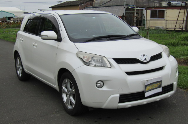 2010-toyota-ist-1-5-auto-3-dr-hatchback-i61, Front View, Drivers Side