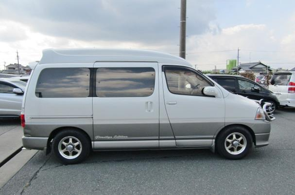 2000 Toyota Grand Hiace 3.4 V6 Hi Roof Lounge 7 Seater MPV Camper (Z8), Side View, Drivers Side