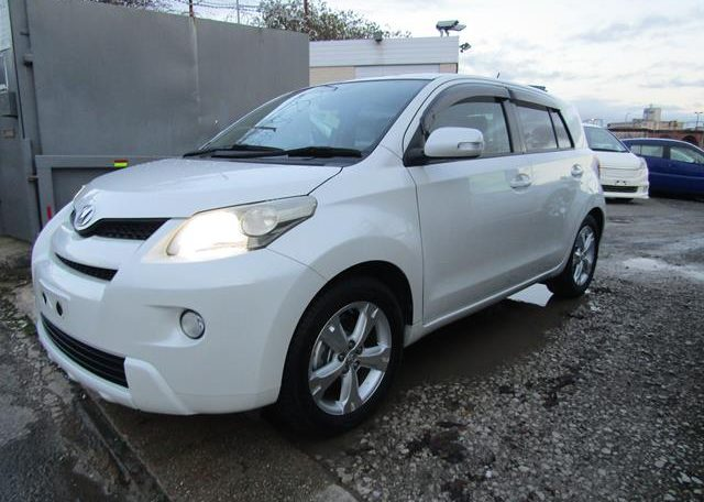2010 Toyota Ist 1.5 Auto 3 Dr Hatchback (I61), Front View, Passengers Side. Japanese imports for sale.