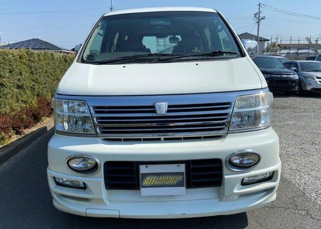 2002 Nissan Elgrand 3.5 Highway Star E50 Auto 4wd 8 Seater MPV (E69), Interior View Dashboard & Steering Wheel. Japanese import cars UK.