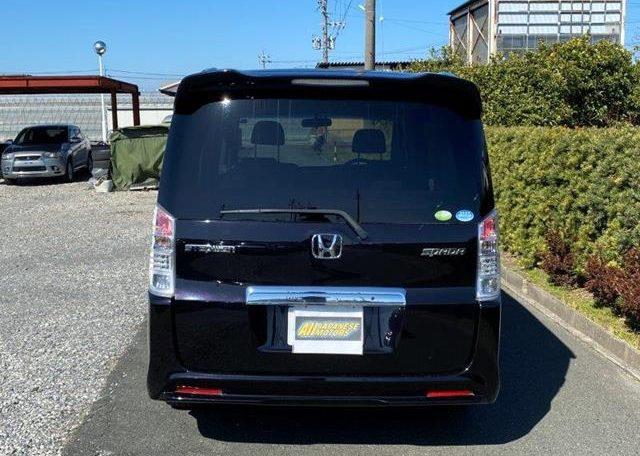 2010 Honda Stepwagon 2.0 Spada Rk5 Auto 8 Seater MPV (H1), Rear View.