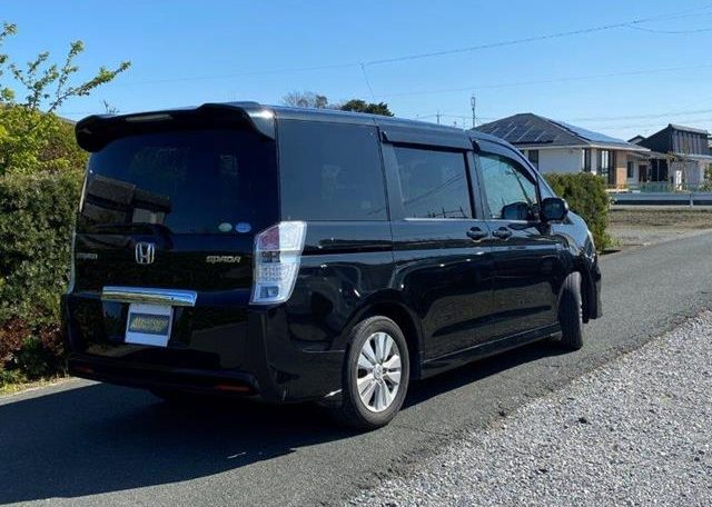 2010 Honda Stepwagon 2.0 Spada Rk5 Auto 8 Seater MPV (H1), Rear View, Drivers Side.