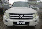 2007 Mitsubishi Pajero 3.0 V6 Super Exceed 4WD 7 Seater 5 dr Auto LWB Facelift (P7), Front View