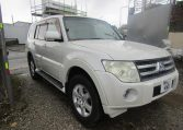 2007 Mitsubishi Pajero 3.0 V6 Super Exceed 4WD 7 Seater 5 dr Auto LWB Facelift (P7), Front View, Drivers Side