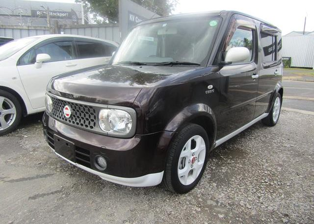 2008 NISSAN CUBE 1.5 FACELIFT YGZ11 AUTO 7 SEATER MINI MPV (Y59), Front View, Passengers Side