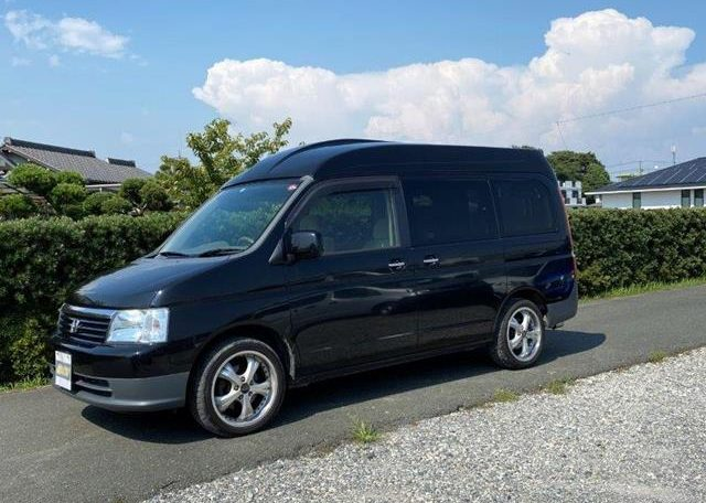 2002 Honda Stepwagon 2.0 Auto Homy High Top Day Van 8 Seater MPV Campervan (H69), Front View, Passengers Side