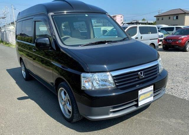 2002 Honda Stepwagon 2.0 Auto Homy High Top Day Van 8 Seater MPV Campervan (H69), Front View, Drivers Side